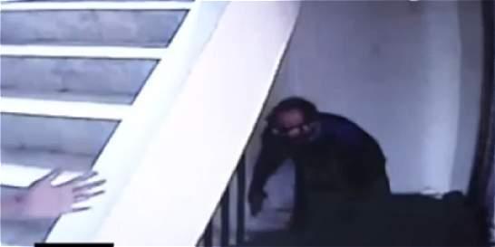 Video: ladrones golpean a sus víctimas para robarlas en su propia casa