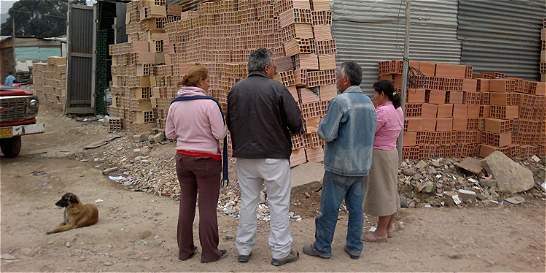 Lotes en 13 localidades de Bogotá, en la mira de invasores
