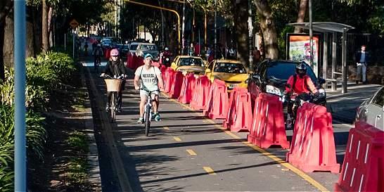 Habría comparendo para ciclistas que usen andén de la carrera 11