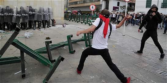 Paro nacional trascurrió en calma, pero dejó enfrentamientos en Bogotá