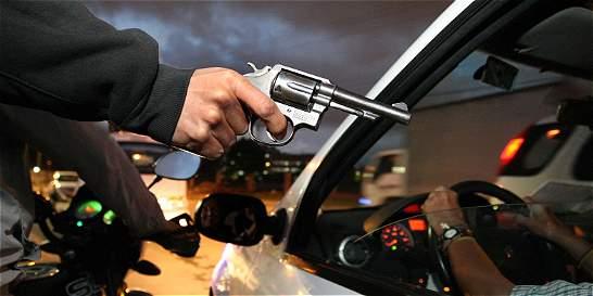 Aumentaron las riñas y el robo de vehículos en Bogotá
