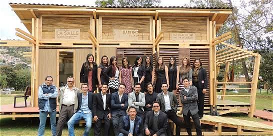 Universitarios crean casa solar autosostenible