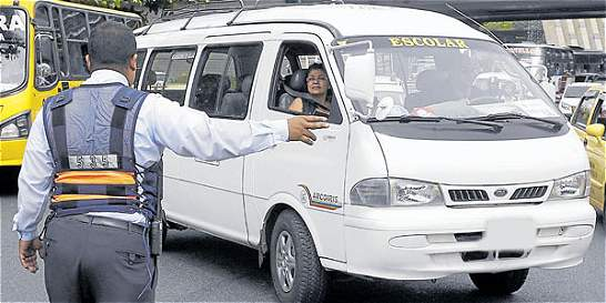 Investigan empresas de transporte escolar por accidentes
