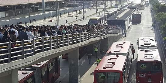Anuncian paro de buses de Soacha por recorte de rutas