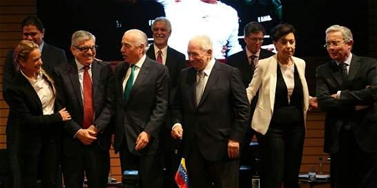 La difícil foto de cuatro expresidentes que logró Lilian Tintori