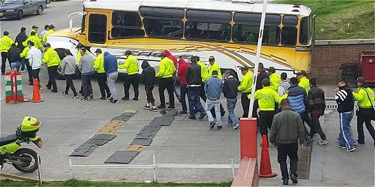 Recuperan vehiculos e incautan droga tras redadas en Ciudad Bolívar