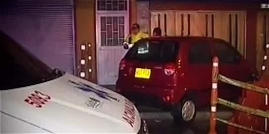 Patrullero estrelló una vivienda en aparente estado de embriaguez