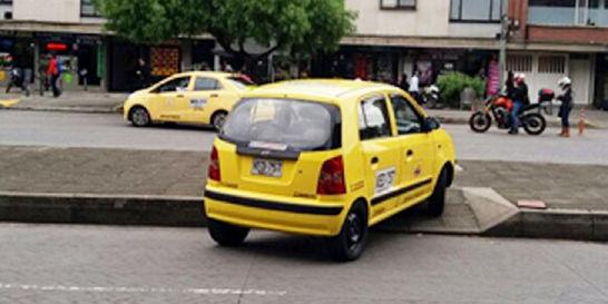 Los taxistas están en la mira de los tuiteros