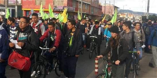 Terminó bloqueo de estudiantes del Sena en la carrera 30 en Bogotá