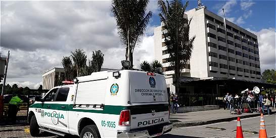 Investigan muerte de auxiliar en la estación de Policía de Facatativá