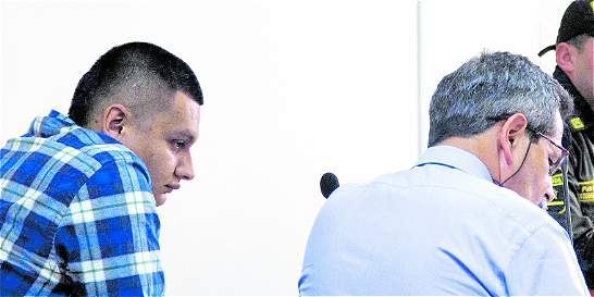 Sigue juicio por caso de homicidio en riña con 'skin heads'