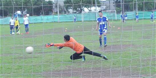 El sueño de 16 jóvenes futbolistas que terminó en una presunta estafa