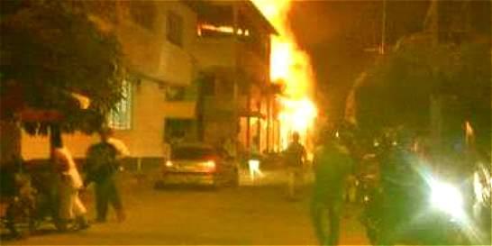 Incendio en Agua de Dios dejó siete viviendas destruidas