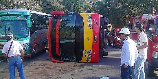 Cierre de la vía Villeta-Guaduas por accidente de tránsito