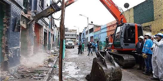 Reacciones con el comienzo de la demolición de predios en el 'Bronx'