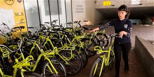 En la EAN tienen a su disposición 50 bicicletas que se prestan a estudiantes y funcionarios de la institución.