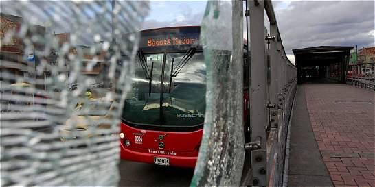 Este año van 478 actos vandálicos contra los buses de TransMilenio