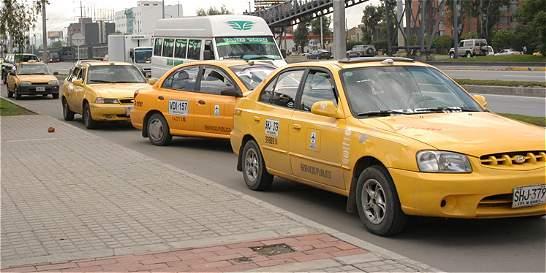 'Aumento en tarifas de taxi no rige todavía' movilidad