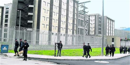 Operativo evidencia extorsión desde las cárceles