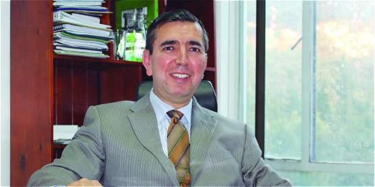 Falsificaron la firma del director de la CAR de Cundinamarca