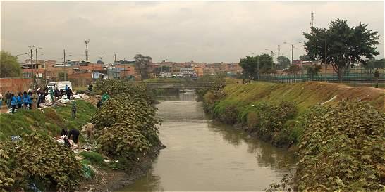 Sacaron 100 toneladas de basura de la cuencia del río Tunjuelo