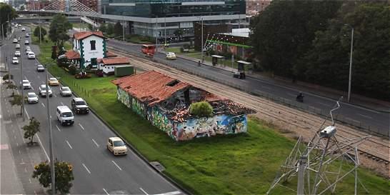 Bodega de familia de Carlos Vives, en Usaquén, a la espera de la ruina