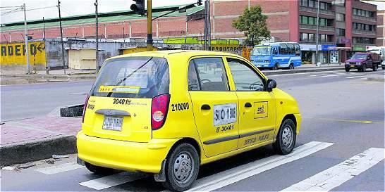 Más de 10.000 comparendos a taxistas por incumplir normas