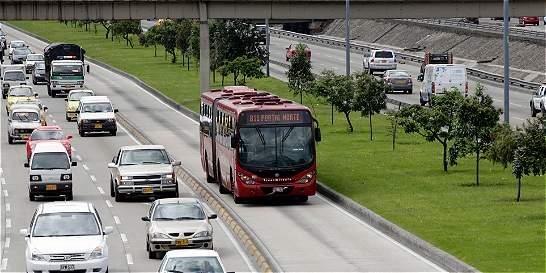 Bus de TransMilenio que andaba en contraflujo arrolló a un peatón
