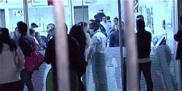 Mujer asegura que le exigen 4,5 millones de pesos para que le entreguen el cuerpo de su nieta