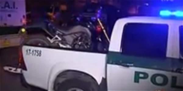 Policía captura a delincuentes que pretendían vender moto robada