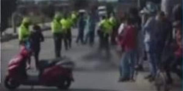 Por muerte de ciclistas, habitantes de la Ciudadela de Bosa se oponen al paso de volquetas en el sector
