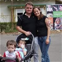 'Claudia era dedicada a sus hijos': amigos de familia muerta en Sídney