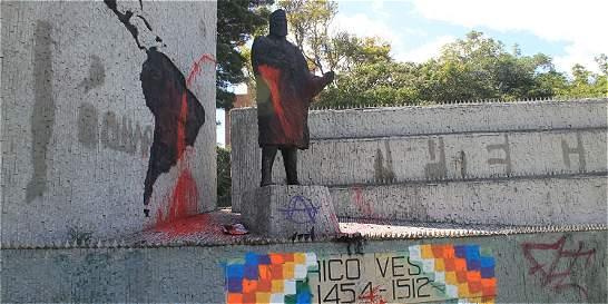 No hay quien salve a Américo Vespucio del vandalismo en Bogotá