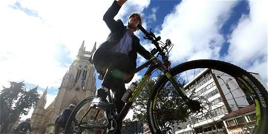 Peñalosa y Alcalde de Medellín se unen en reto sobre uso de bicicletas