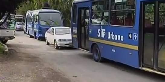 Operarios del SITP denuncian que fueron despedidos tras protestas