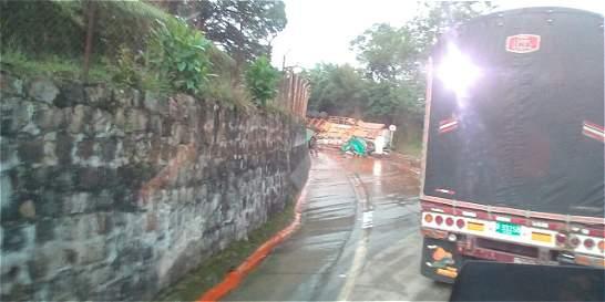 Habilitan la vía Facatativá-Villeta tras accidente de tránsito