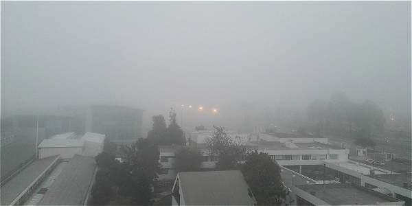 [VIDEO] Densa niebla afecta las operaciones aéreas del Aeropuerto el Dorado
