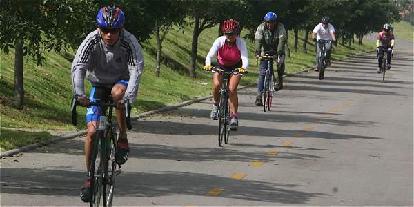 Los beneficios (no solo de salud) que tiene el uso de la bicicleta