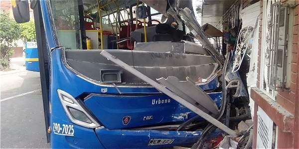 Accidente del SITP en Bogotá deja una persona muerta y seis heridas