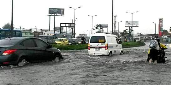 30 viviendas afectadas en el barrio Las Ferias por aguaceros del lunes