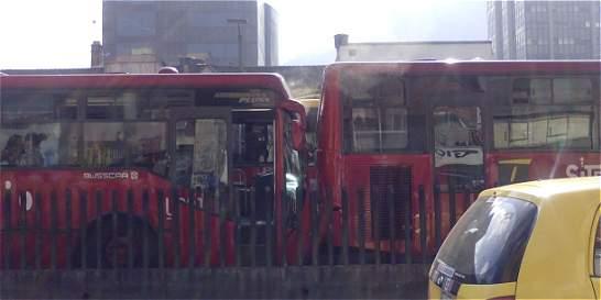 Accidente entre dos articulados de TransMilenio deja 11 heridos