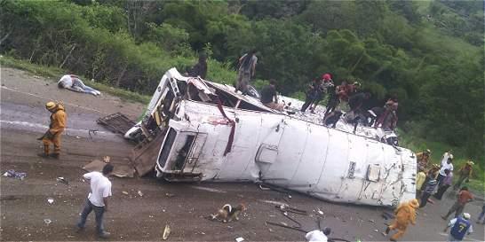 Cerca de 40 personas heridas dejó accidente en vía Bogotá-Fusagasugá