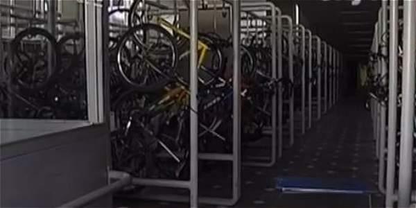 Bogotá, la capital de la bicicleta, con solo 4 cicloparqueaderos