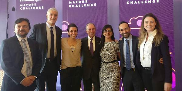 El alcalde Enrique Peñalosa recibió el premio.