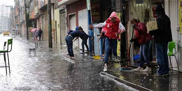 Según el Ideam hubo algunos excesos de lluvias en la zona norte de Bogotá, pero en el sur se mantuvo relativamente normal. Foto: Milton Díaz