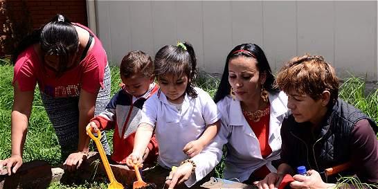 Los lazos familiares que crecen en el colegio Bravo Páez