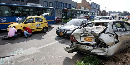 ¿Quién responde por daños en el choque de carros en las Américas?