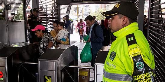 Presunto colado mató a trabajador de estación de TransMilenio