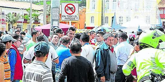 Zipaquirá frena la entrada en operación de los motocarros