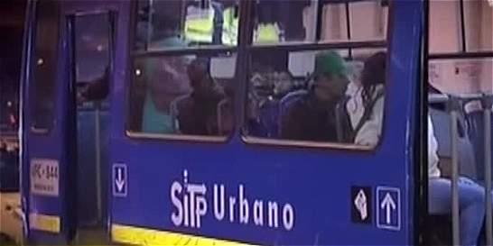 Otro robo a un bus del SITP deja a conductor herido